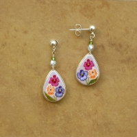Flower Jewelry | Pansies Earrings | Post
